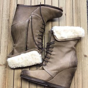 New Boutique 9 ankle boots Size 6